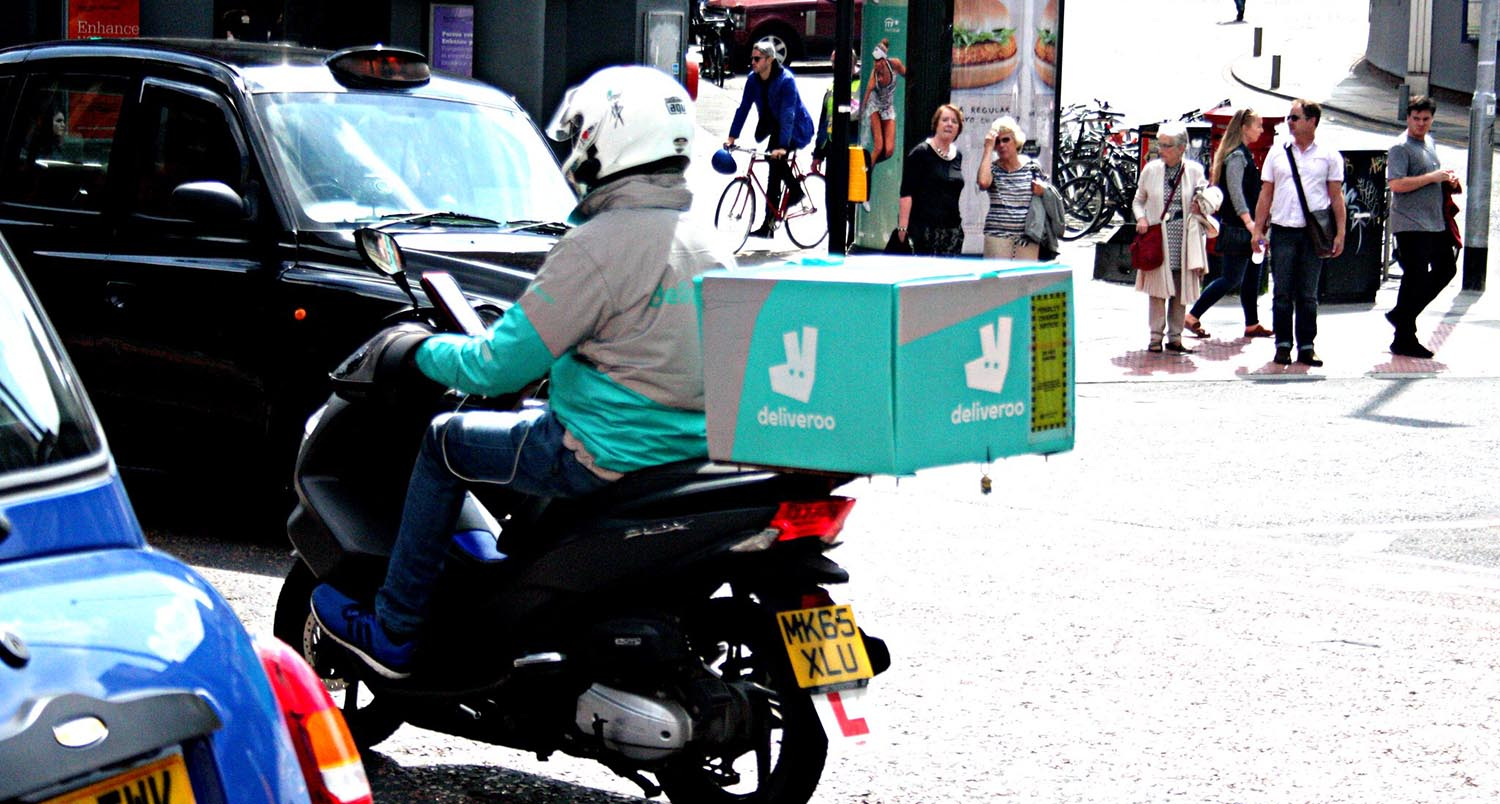 image of deliveroo driver